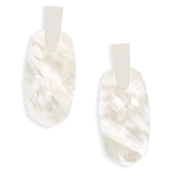 Kendra Scott Jewelry - NEW kendra scott Aragon Silver mother of pearl